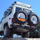 Soporte de rueda izquierda Kaymar para  Toyota   VDJ / HZJ 76 sin aletines / HZJ 78