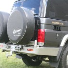 Soporte de rueda izquierda Kaymar para  Toyota   VDJ / HZJ 76 con aletines