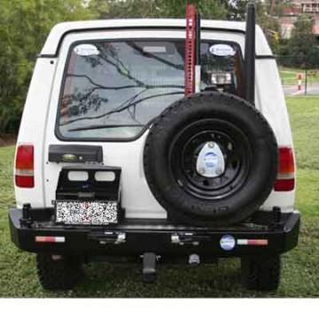 Soporte jerrycan simple izquierda  Kaymar para Land Rover Discovery I