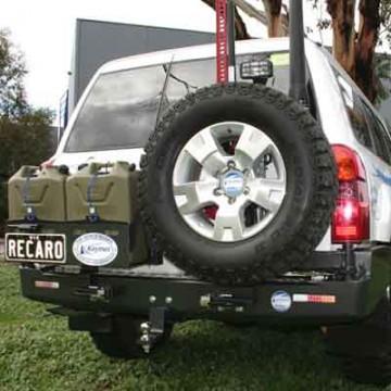 Soporte de rueda izquierda Kaymar para Nissan Patrol Y61 +05