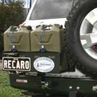 Soporte jerrycan doble izquierda  Kaymar para Nissan Patrol Y61 +05