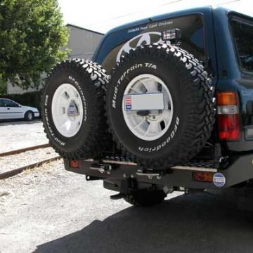 Soporte de rueda izquierda Kaymar en parachoques de serie para  Toyota HDJ / HZJ /  FZJ 80