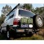 Soporte de rueda izquierda en parachoques Kaymar para Toyota  HDJ / UZJ 100