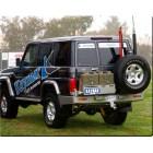 Parachoques trasero Kaymar para Toyota VDJ / HZJ 76 con aletines