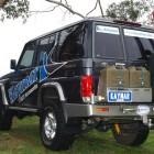 Soporte jerrican doble izquierda Kaymar para Toyota KDJ 150